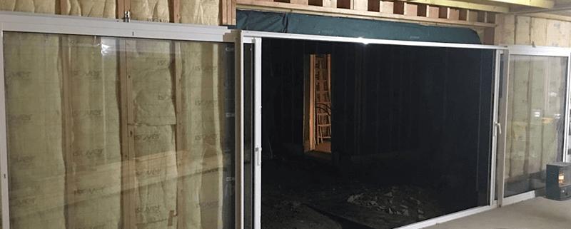 Pose d'une baie vitrée à galandage dans un agrandissement à Ancenis (44)